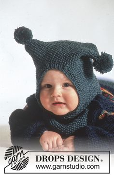 """Polichinelle / DROPS Baby - DROPS jumper with star pattern, pants, booties and hat with pompoms in """"Karisma"""". Knitting For Kids, Baby Knitting Patterns, Knitting Designs, Baby Patterns, Free Knitting, Drops Design, Drops Baby, Bonnet Pattern, Couture Sewing"""