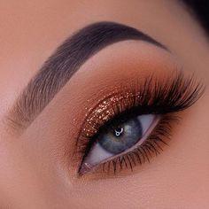 Makeup Eye Looks, No Eyeliner Makeup, Cute Makeup, Perfect Makeup, Gold Makeup, Natural Eyeshadow Looks, Pretty Eye Makeup, Edgy Makeup, Simple Makeup Looks