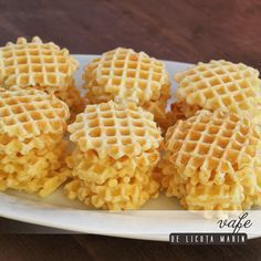Galete!!!! De cand caut reteta asta!!! Baby Food Recipes, Cake Recipes, Dessert Recipes, Cooking Recipes, Romanian Desserts, Romanian Food, Pastry And Bakery, Pastry Cake, No Cook Desserts