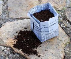 Make a newspaper flower pot