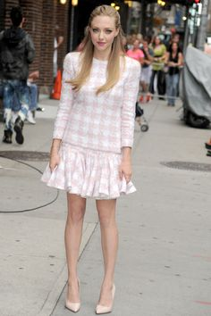 Amanda Seyfried in Balmain she plays in so much I like her in all of them!!!!!!!!!