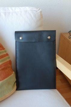 Notebook-Sleeves - MacBook Air 13 tasche, MacBook 13 Air fall-schwarz - ein Designerstück von SANTIleather bei DaWanda