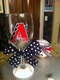 Arizona Dback wine glass mlb   $15  http://www.etsy.com/listing/96280145/arizona-diamondbacks-wine-glass