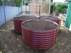 round raised planter - Google Search
