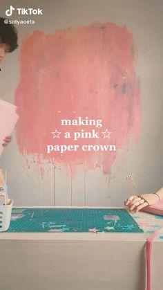 Diy Crafts Hacks, Diy Arts And Crafts, Cute Crafts, Instruções Origami, Paper Crafts Origami, Ideias Diy, Pink Paper, Craft Videos, Diy Gifts