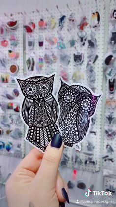 Cute Stickers, Paint Ideas, Wall Design, Zentangle, Create, Artist, Animals, Painting, Shoes