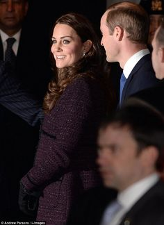 Prince William puts on protective display around pregnant Kate, Duchess of Cambridge in New York | Daily Mail Online