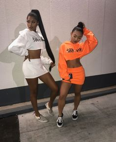 How tо Wear Clothes thаt Flatter Yоu Twin Outfits, Mode Outfits, Girl Outfits, Fashion Outfits, Matching Outfits Best Friend, Best Friend Outfits, Bff Goals, Best Friend Goals, Squad Goals