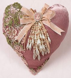 42 Ideas Shabby Chic Crafts Projects How To Make Lace Heart, Heart Art, Shabby Chic Hearts, Fabric Hearts, Romantic Cottage, Romantic Lace, Romantic Homes, I Love Heart, Heart Crafts