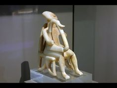 (3) Harp Player, Early Cycladic period | Cycladic | Aegean art | Art of the ancient Mediterranean | Khan Academy