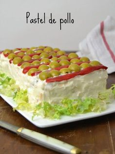 Cold Chicken Pie Recipe for use – Chicken Recipes Tapas, Pollo Recipe, Good Food, Yummy Food, Sandwich Cake, Mexican Food Recipes, Minis, Chicken Recipes, Food And Drink