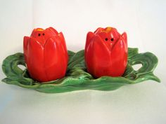 Vintage Salt Pepper Shakers Tulips Red Green Caddy Japan Spring Easter Brunch