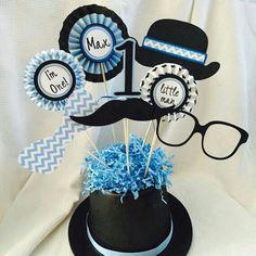 Centros de mesa hombre Little Man Birthday Party Ideas, Baby Birthday, 1st Birthday Boy Themes, Mustache Birthday, Little Man Party, Mustache Party, Baby Party, Baby Shower Parties, Moustache