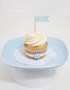 fancy washi tape cupcake  http://wishywashi.com