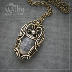 pretty wire necklace...pinned by ♥ wootandhammy.com, thoughtful jewelry.