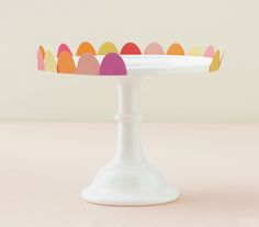 Cake stand decorated with colored paper Bachlorette Party, Ideias Diy, Diy Party, Party Ideas, Childrens Party, Perfect Party, Birthday Parties, Birthday Celebrations, Birthday Ideas