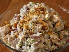 Druesalat med kyllingfilet Vegan Gains, Norwegian Food, Good Food, Yummy Food, Cooking Recipes, Healthy Recipes, Easy Food To Make, Salad Recipes, Dinner Recipes
