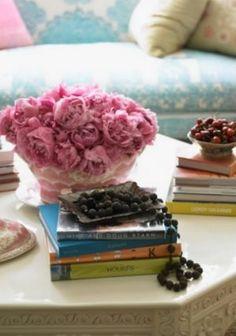 Floral fancy - mylusciouslife.com - pink flower mix | More here: http://mylusciouslife.com/prettiness-luscious-pastel-colours/