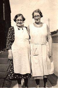 Lancashire mill town ladies