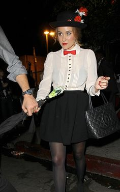 Mary Poppins costume This is what I want to dress up as this year! (: I just need a red bow tie
