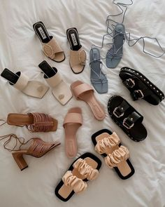 Shoe Boots, Shoes Sandals, Aesthetic Shoes, Hype Shoes, Pretty Shoes, Dream Shoes, Mode Outfits, Shoe Collection, Summer Shoes