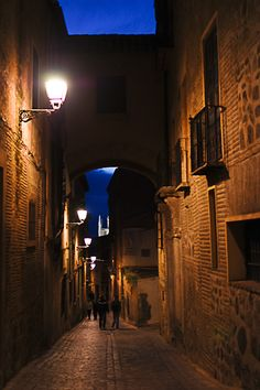 I have been in this exact place!I have a picture there! I miss Espana :(