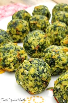 An easy, crowd-pleasing appetizer recipe using spinach, parmesan cheese and herb stuffing. Spinach Balls (South Your Mouth) Meat Appetizers, Appetizer Dips, Appetizer Recipes, Easy Healthy Appetizers, Gluten Free Appetizers, Vegetarian Recipes, Cooking Recipes, Healthy Recipes, Healthy Foods To Eat