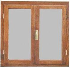 Maderera Tres Pinos Ltda. - Fabrica de puertas y ventanas de madera. Molduras y pisos de madera - VENTANAS