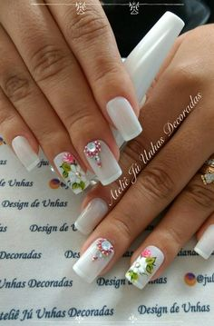 33 super romantic decorated nails, you will love Flower Nail Designs, Pretty Nail Designs, Nail Art Designs, French Acrylic Nails, Best Acrylic Nails, Gel Uv Nails, Manicure, Wow Nails, Pretty Nails