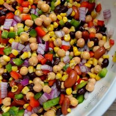 Discover our recipe rated by 15 members. 5 Bean Salad, Bean Salad Recipes, Confetti Salad Recipe, Vegetarian Recipes, Cooking Recipes, Potluck Recipes, Ww Recipes, Healthy Recipes, Roti Recipe