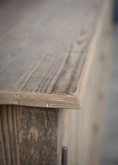 kasten op maat gemaakt van oude ramen en 100 jaar oud hout. Jan van IJken Oude Bouwmaterialen Eemnes www.oudebouwmaterialen.nl