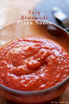 This easy homemade pizza sauce recipe is one of my favorite from-scratch recipes. It can be prepared while you're heating up the oven! | honeyandbirch.com