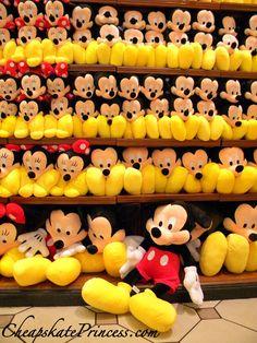 Disney World Gifts, Disneyland, Mickey Mouse Doll, Disney Vacation Club, Disney Springs, Christmas Mood, Disney Merchandise, Mickey And Friends, Disney Love
