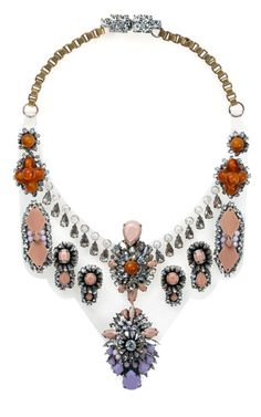 such a dreamy necklace...