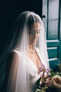If you're looking for inspiration for a multicultural celebration, you'll love this Bellinter House wedding, which is full of chic and luxurious touches. Marriage Poems, Wedding Veils, Wedding Dresses, Lace Hairpiece, Persian Wedding, Wedding Rituals, Irish American, Handfasting, Wedding Looks