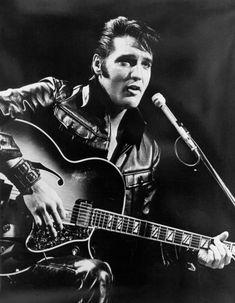 """A primeira gravação de Elvis Presley, feita em 1953 com as canções """"My Happiness"""" e """"That's When Your Heartaches Begin"""", foi adquirida pelo músico ..."""