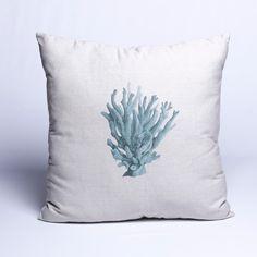 Para um visual atual a Almofada Coral Tiffany é perfeita para seu ambiente. Em tecido com enchimento e estampa de Coral é maravilhosa para combinar com toda a sua decoração. #Almofada #LojaSoulHome