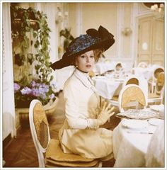 Silvana Mangano in Morte a Venezia directed by Luchino Visconti, 1971 My Fair Lady, Movie Costumes, Cool Costumes, Amazing Costumes, Susannah York, Luchino Visconti, Victorian Costume, Gibson Girl, Great Films