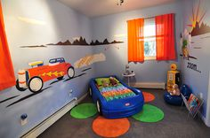 Here is a cute way to decorate a kids car themed room.