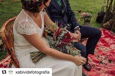 Alfombras para altares bonitos, que resaltan a los novios. #altar #ceremonias #ceremonia #bodas #bodasalairelibre #bodasespeciales #bodasbonitas #bodasromanticas #alfombras #alfombrasbereberes #bereber