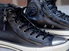 John Varvatos x Converse All Star Double Zip - Lance totally wants a pair of these! Converse All Star, Converse Shoes, Men's Shoes, Shoe Boots, Blue Converse, Converse Chuck, Look Fashion, Mens Fashion, Kicks Shoes