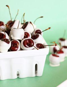 Amaretto-Soaked White Chocolate Cherries