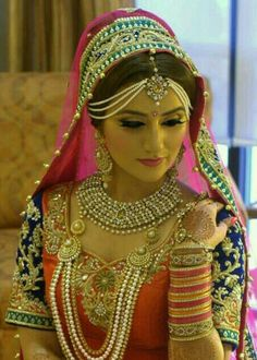 Bridal golden jewellery