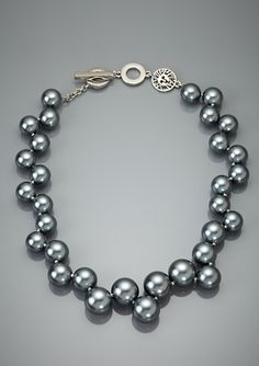 Ann Klein Pearl Collar necklace