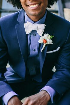 Bow ties look stylish and are very trendy today, so think of a pretty bow tie for your groom, and maybe groomsmen also. The options with a bow ties are endless: with and without jackets, with and without vest. Tuxedo Wedding, Wedding Men, Wedding Suits, Wedding Tuxedos, Wedding Groom, Casual Wedding Attire, Groom Attire, Groom Ties, Groom And Groomsmen