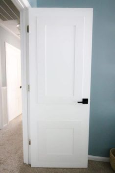 Upgrading Flat Panel Doors with Molding Quick and Easy Interior Door Makeover Projects Hollow Core Doors, Diy Interior Doors, Slab Door, Panel Doors, Interior, Bifold Closet Doors, Closet Door Makeover, Doors Interior, Diy Closet Doors