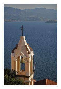 Clock tower in Molyvos village, Lesvos island, northeast Aegean sea, Greece Beautiful Islands, Beautiful World, Beautiful Places, Amazing Places, Corfu, Cool Photos, Amazing Photos, Macedonia, Greek Islands