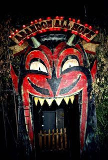 devil entrance - Buscar con Google