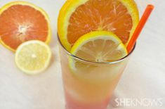 Tatooine Sunset (alcoholic) - ice, vodka, OJ, lemonade, slice orange, slice lemon, cherry brandy, grenadine