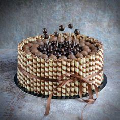 Roletti torta - rolettis csokitorta - csokis roletti torta